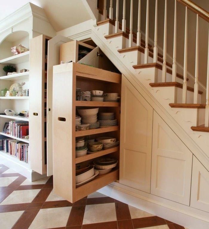 1001 kreative wohnideen zur raumoptimierung stairs in kitchen space under stairs stair storage on kitchen under stairs id=74065