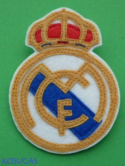 Broche escudo real madrid de fieltro.  28344a31ef5