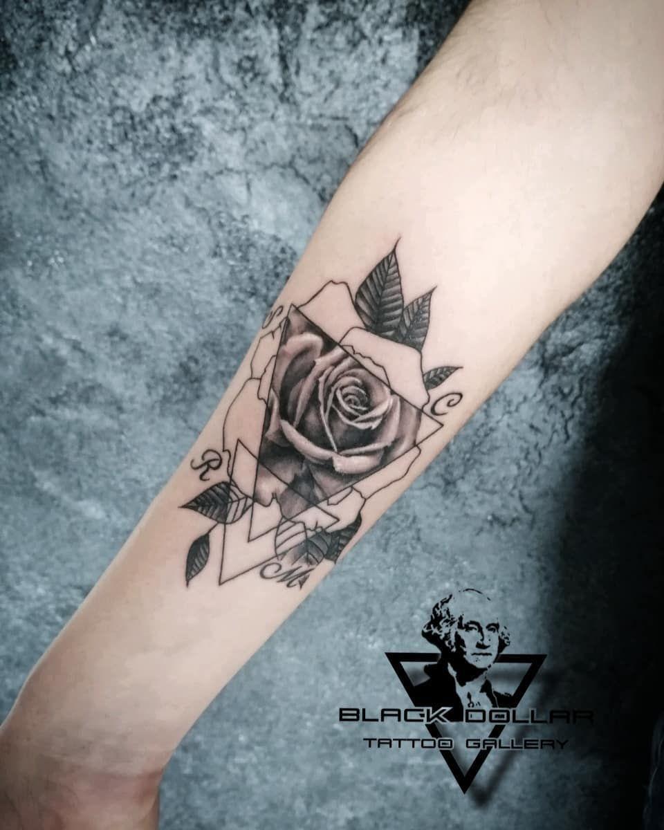 Rose geometric #blackdollartattoo #rose #rosetattoo #rosatattoo #rosa #flowers #flowertattoo #inktattoo #inked #inking #inkspiration #armtattoo #geometrictattoo #geometrics #realistictattoo #realistictattoos #realistic #realism #tattoolovers #lovetattoo #tattoolover #bestattoos