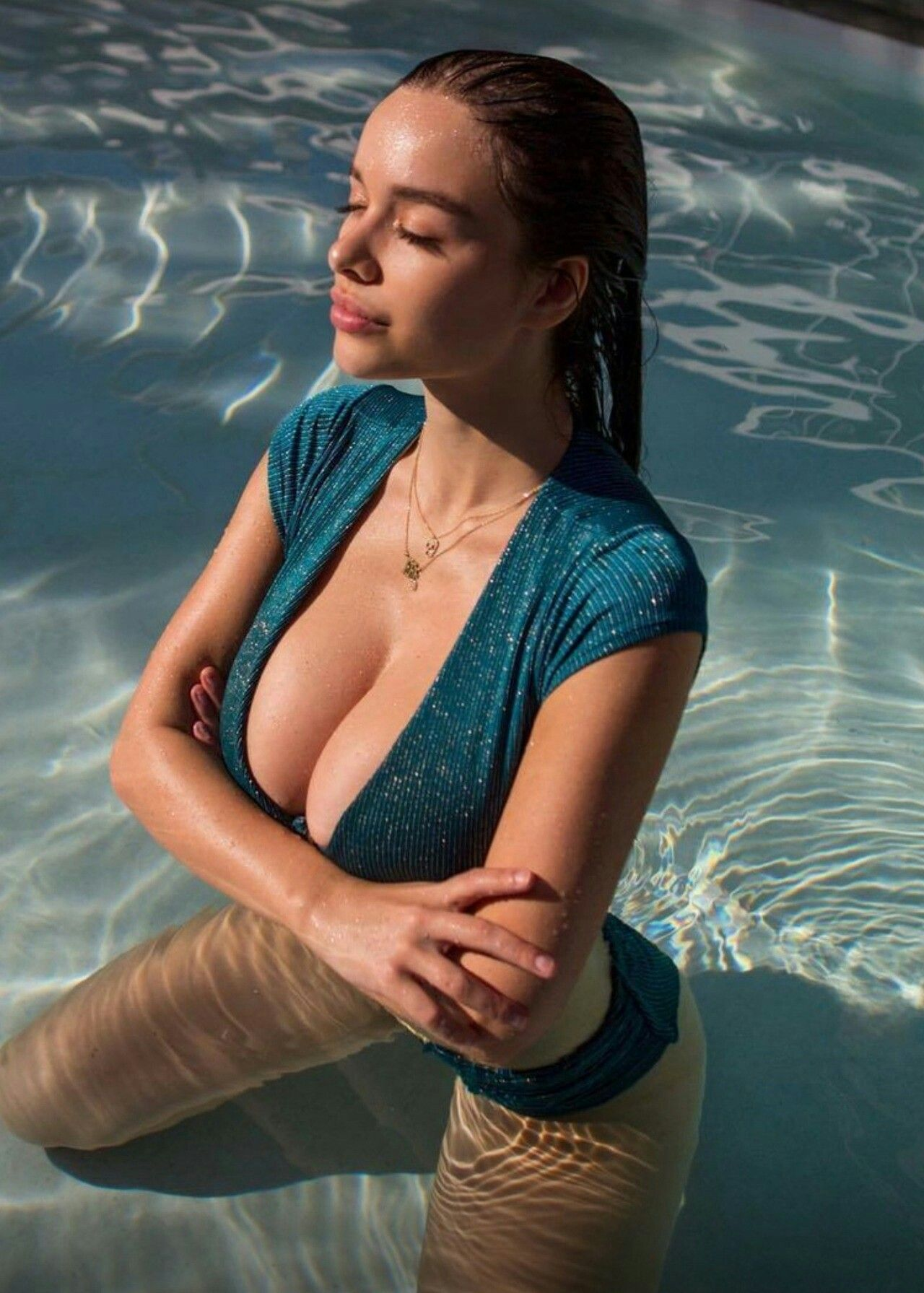 Cleavage Sophie Mudd nude photos 2019