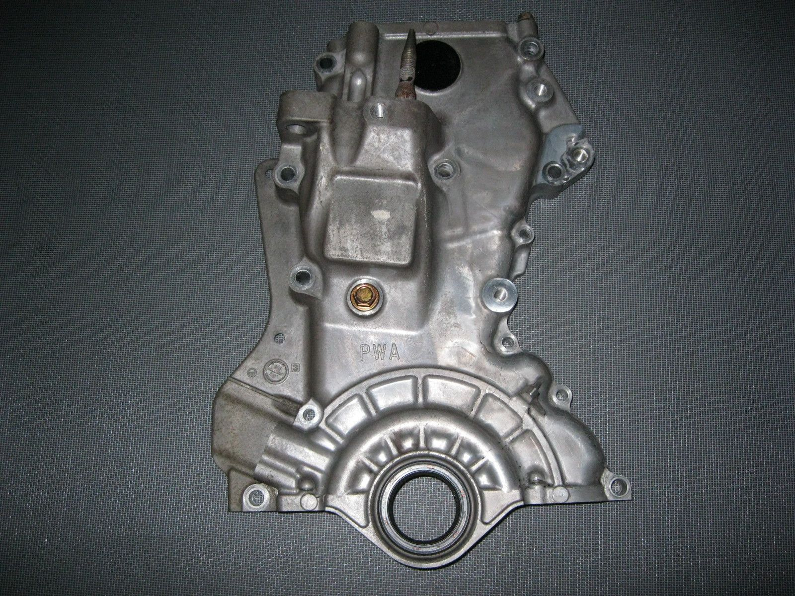 jdm 01 08 honda fit l13a i dsi engine timing chain front cover [ 1600 x 1200 Pixel ]