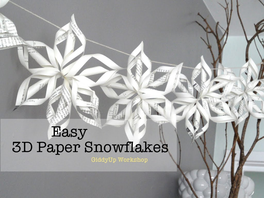 Zie ook for How to make paper christmas decorations at home