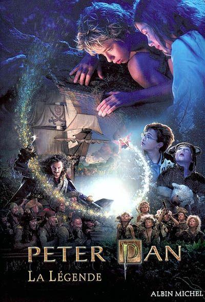 Joins-toi à Wendy, John et Michael Darling et suivez Peter Pan, le garçon qui refuse de grandir, dans un monde où les fées existent et où les enfants savent voler.