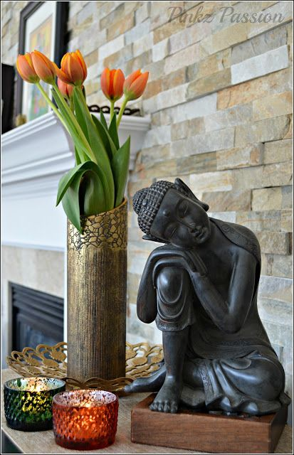 Brass Vignettes, Flower vignettes, Flowers décor, Global Décor, Global Décor Design, India inspired decor, My home, Spring Blooms, Spring Decor, Spring touches around home, Spring vignettes, Tulip Decor #buddhadecor