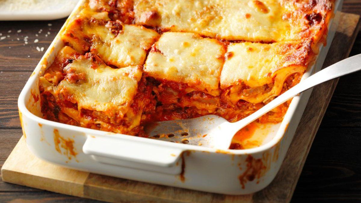 How To Freeze Lasagna So It S Just As Good As Fresh Baked Frozen Lasagna Frozen Meals Baked Lasagna