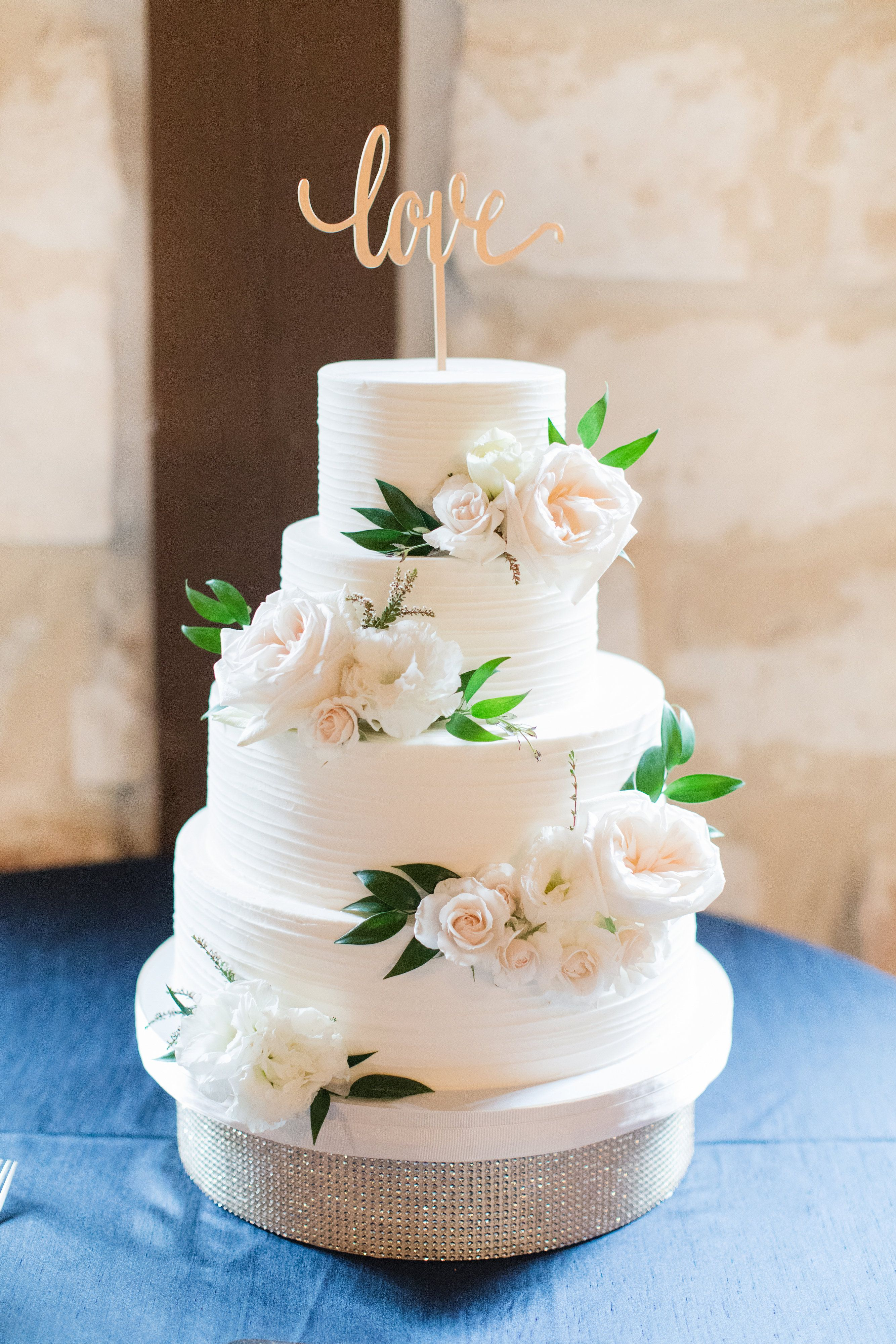 Poetry Hall With Images Wedding Cakes With Flowers