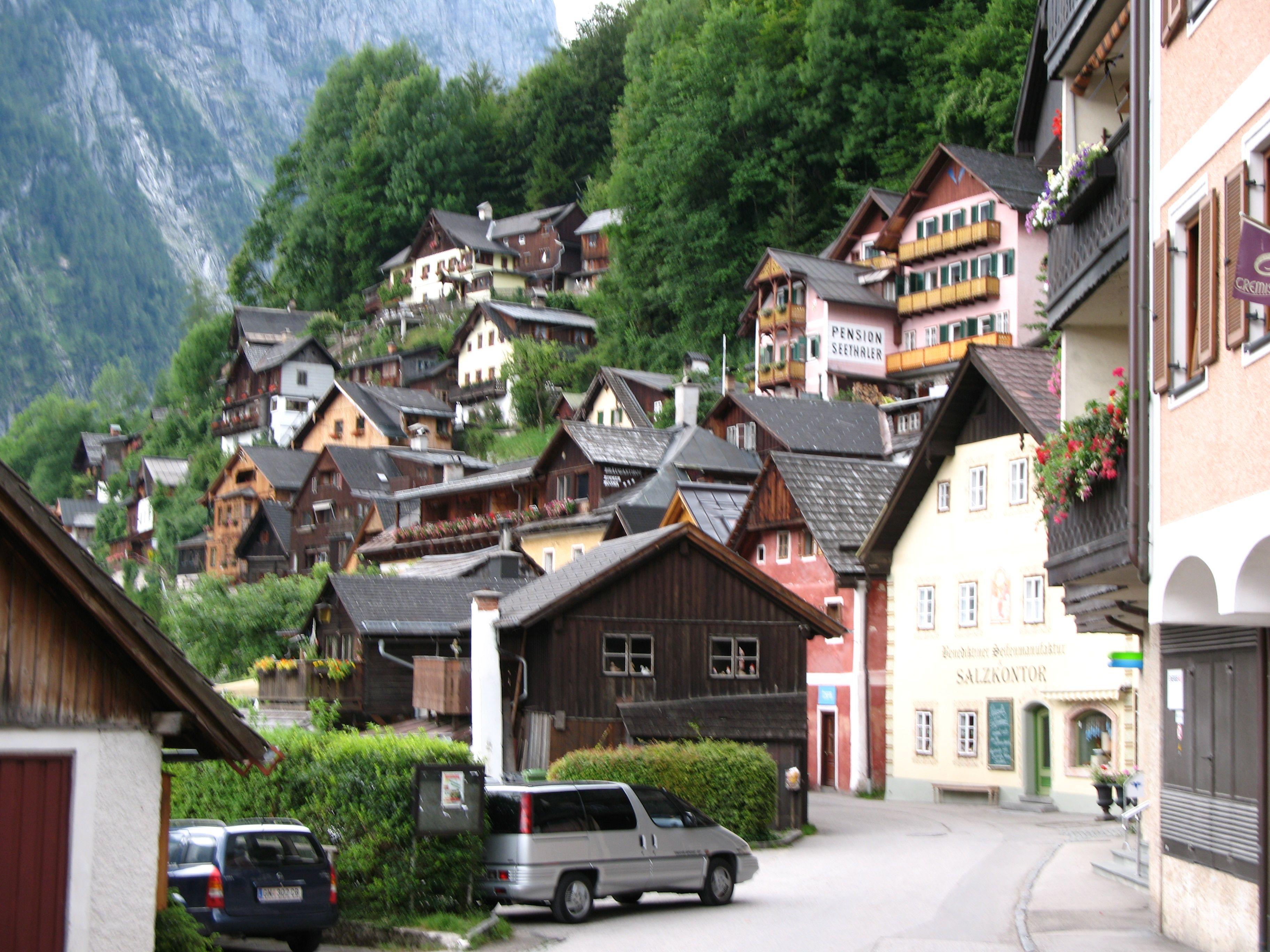 Hallstatt - Seestrasse - Austria