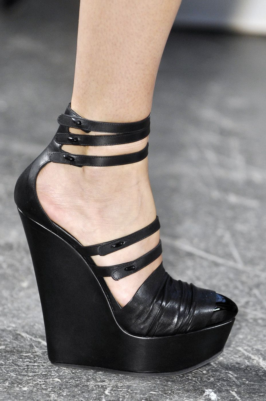 Givenchy Fashion At Spring 2010 2019Shoes In Week Paris 5Rq3A4jL