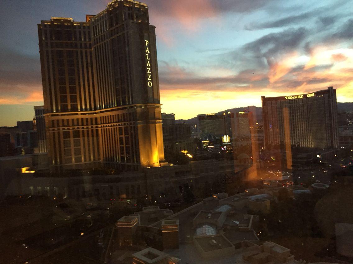 Vegas, I miss you so...