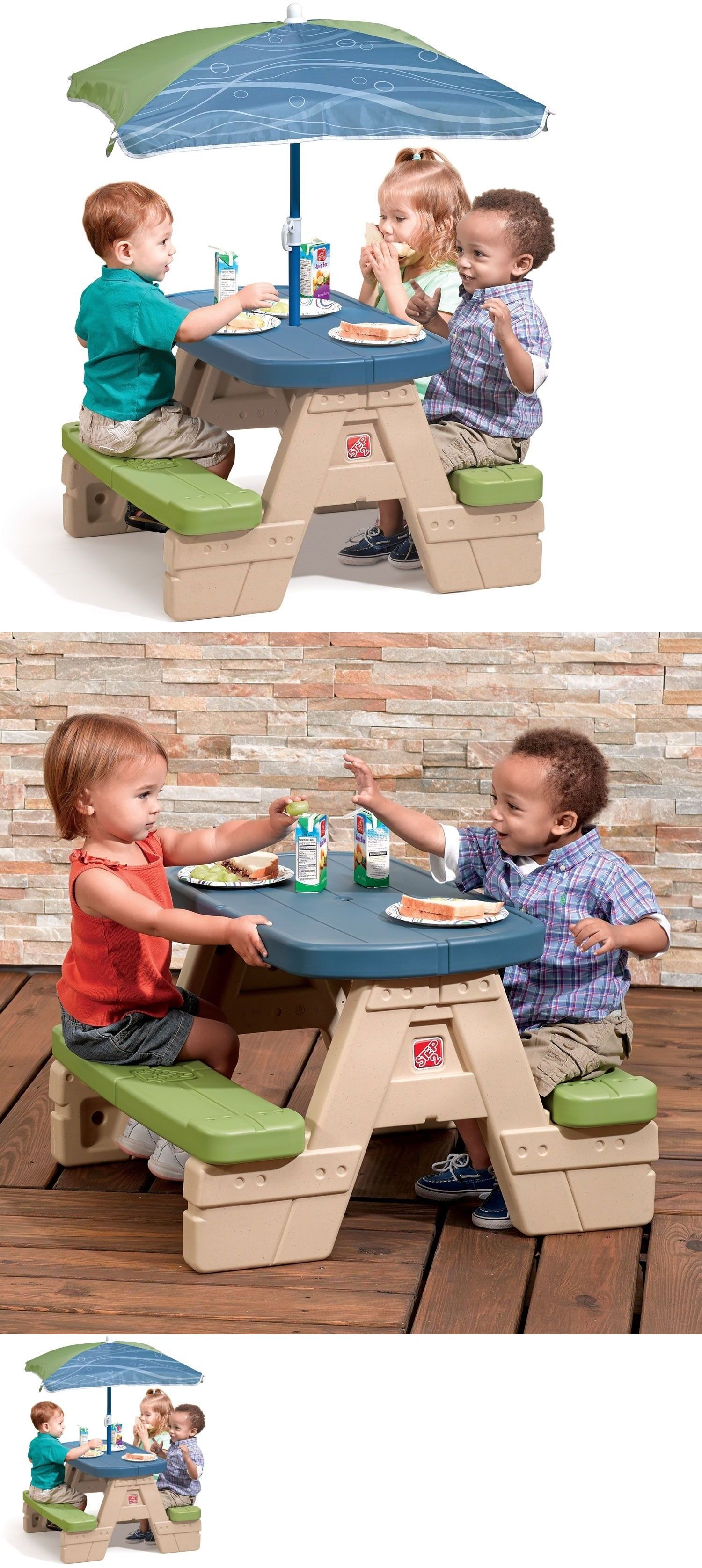 Step 2 52344: Picnic Table Patio Umbrella Kids Toddler Preschool Sit Play  Outdoor Furniture
