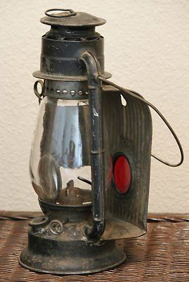 Old Kerosene Lanterns For Sale Vintage Or Antique Dietz Junior Wagon Kerosene Railroad Lantern Used Railroad Lanterns Vintage Lanterns Lanterns For Sale
