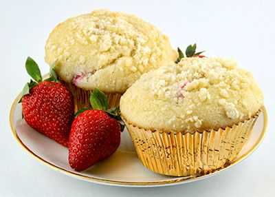 Low Carb Double Berry Streusel-Topped Muffin Recipe - get the fixin's at 40% off orders over 29$ till April 12. Use coupon code 2406