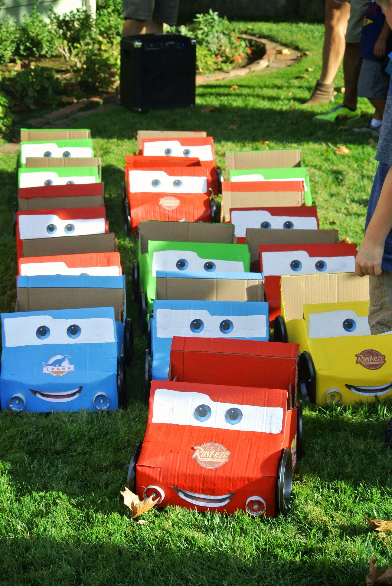 Lightning Mcqueen Cardboard Box Car In