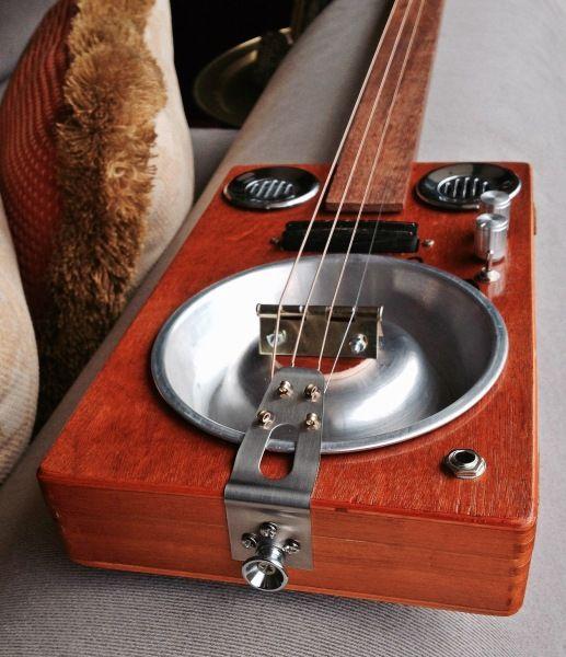 CBG 20 Cohiba  by Jim Quinlan  dogbowl resonator w/ a brass hinge bridge