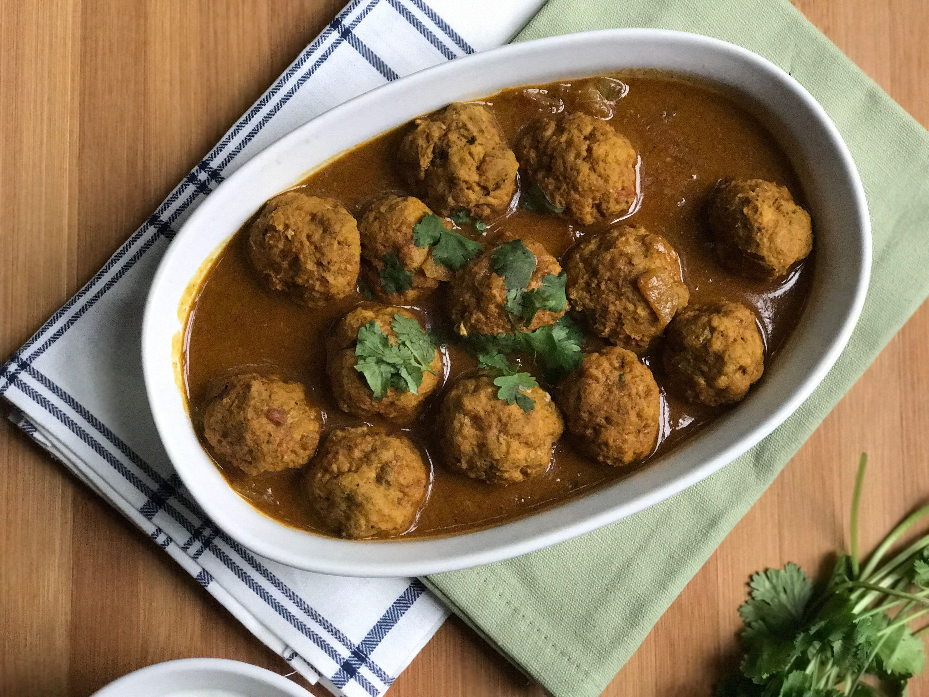 Chicken kofta curry recipe curry kofta curry recipe and dinners are you looking for a quick and simple dinner recipe chicken kofta meatball curry is forumfinder Choice Image