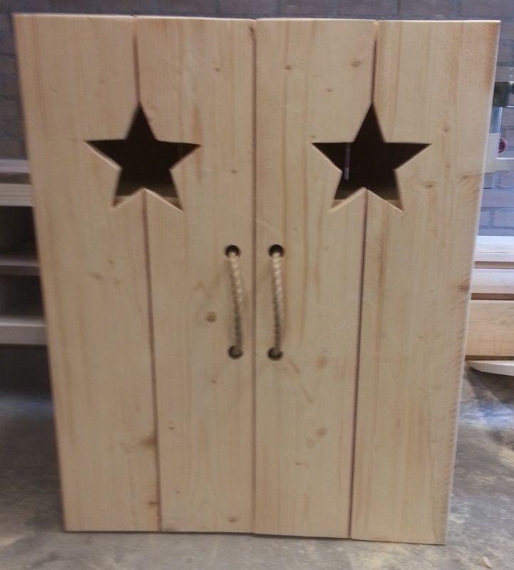 kast steigerhout met sterren of hartjes inrichting woonkamer