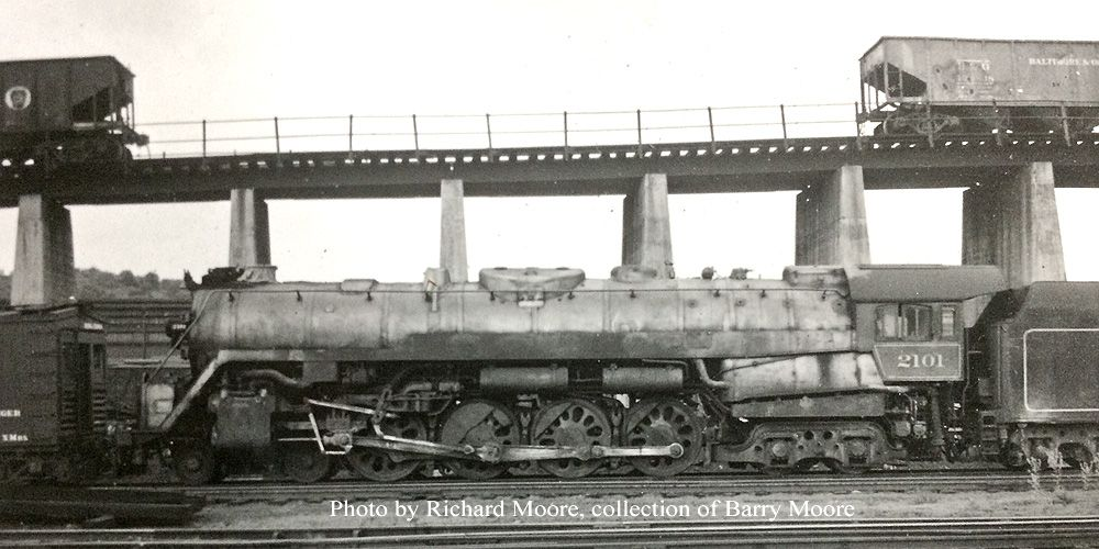 Reading T 1 2101 In Storage At St Clair Yard Before Her Return To Service And Stardom As The Freedom Train Engine Train Train Engines Locomotive