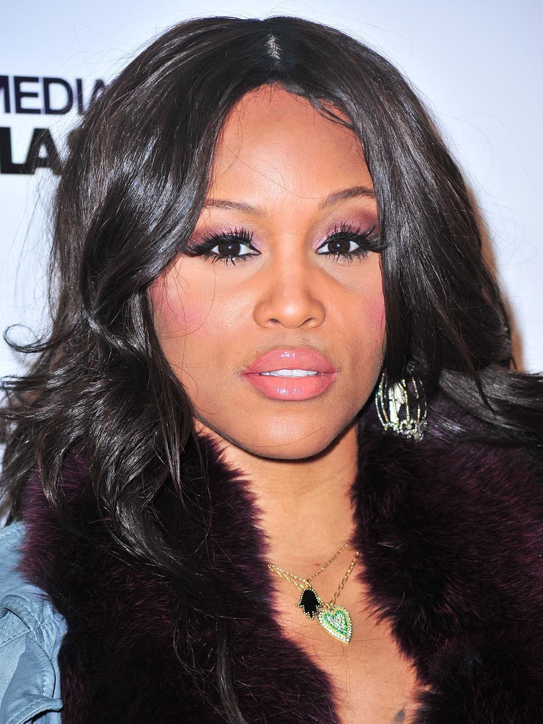 HAPPY 40th BIRTHDAY to EVE!! 11 / 10 / 2018 Born Eve Jihan Jeffers-Cooper, American rapper and actress from… | Hip hop women, American rappers, Hip hop artists