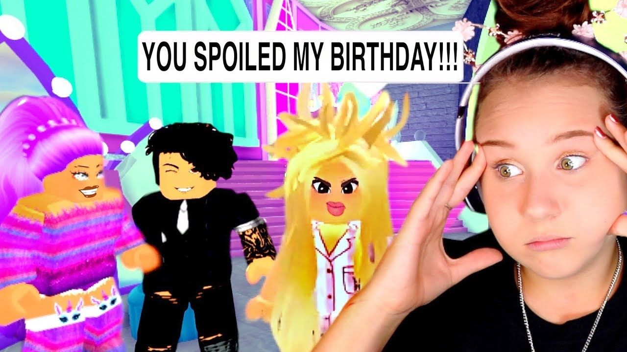 My Hater Spoiled My Birthday With The Worst Makeover Ever Roblox Royale High Roleplay Youtube Roblox Its My Birthday Roleplay