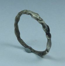 ANCIENT ROMAN SILVER RING WITH DOLPHINS 2ND AD