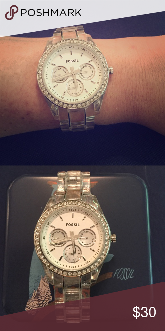 Fossil clear acrylic watch Excellent condition only worn a few times! Needs battery. Comes with fossil box Fossil Accessories Watches