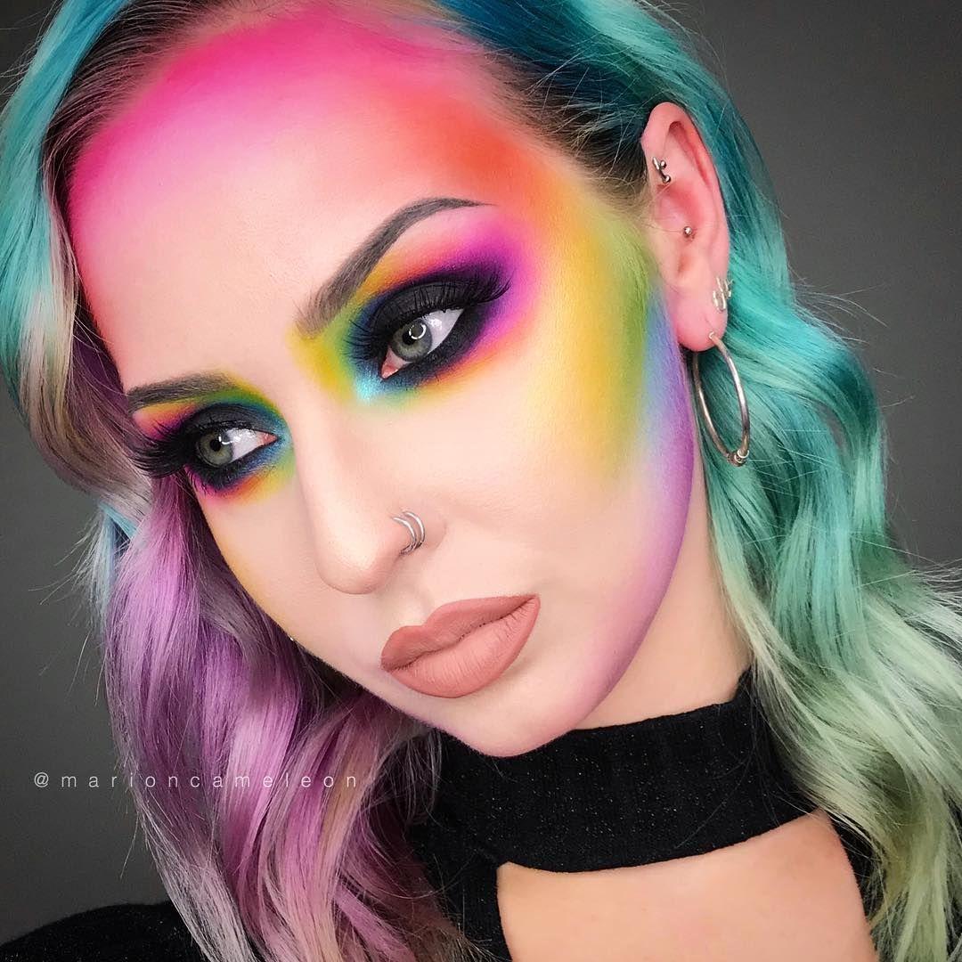 21 Unique Halloween Makeup Ideas From Instagram In 2020 Cool Halloween Makeup Crazy Makeup Pride Makeup