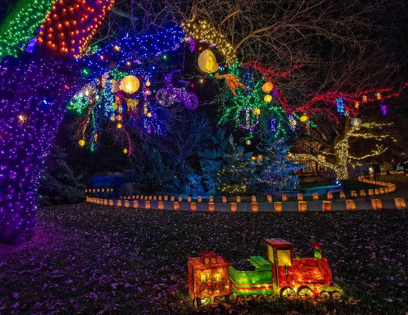Christmas Lights In Wichita Ks.Illuminations 2017 At Botanica Wichita Area Events Blog