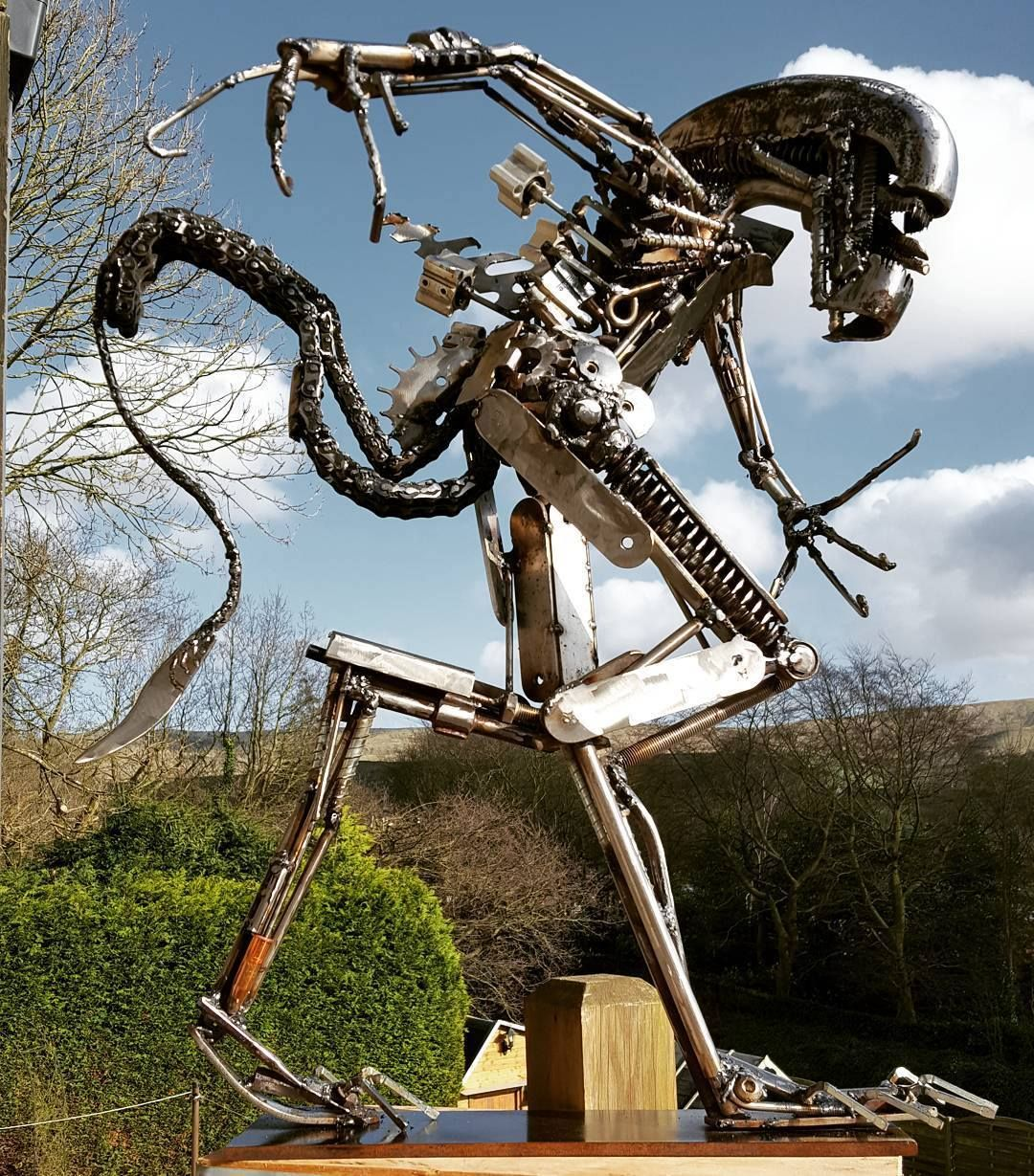 Alien Weldart By Sutclif Westcoweld Ukwelding Welding - Artist creates incredible sculptures welding together old farming equipment