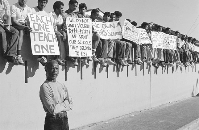 The Rise And Fall Of Apartheid In Pictures Native American Wisdom History African History