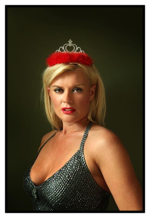 Betty Owczarek P-Magazine, 06/2012   Fotos