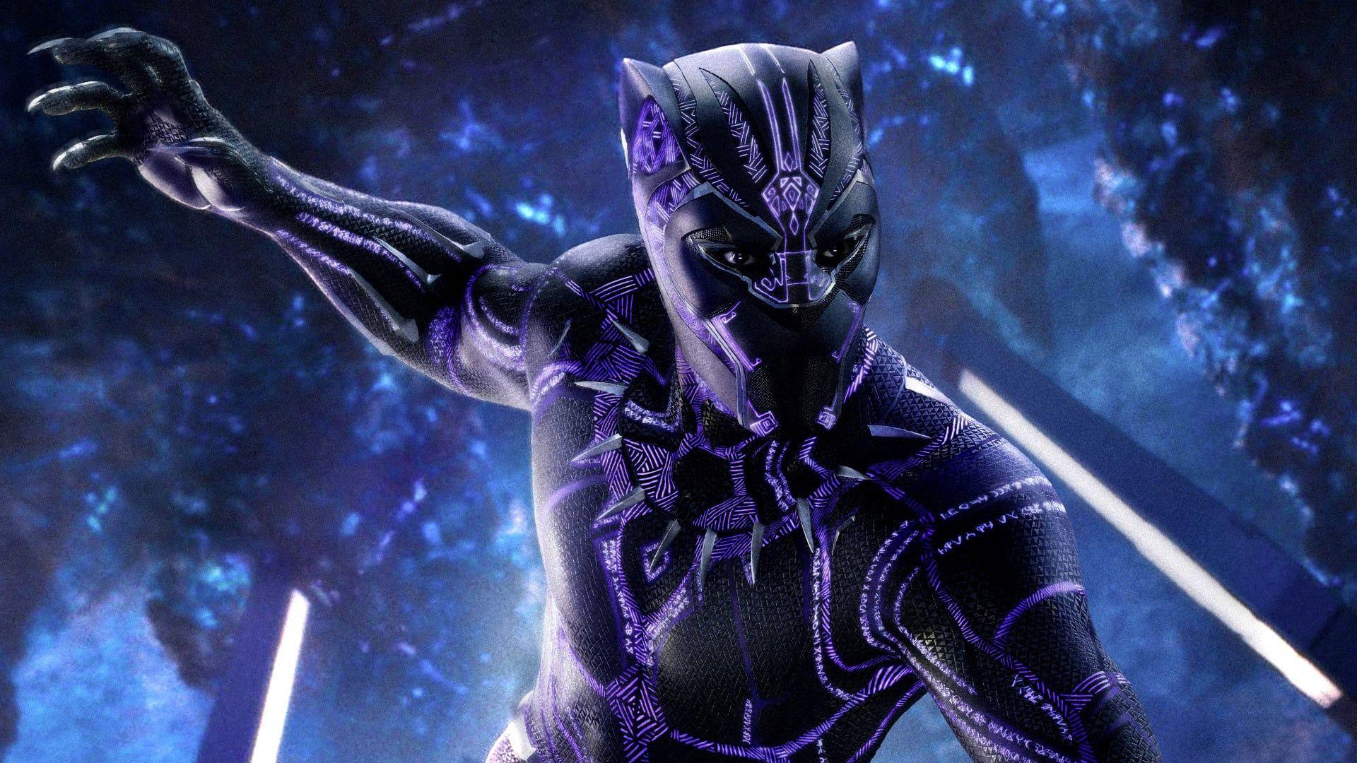 Black Panther Suit T Challa Qui Apres Les Evenements De Captain America Civil War Retourne Chez Lui Dans L Black Panther Captain America Films Black Widow
