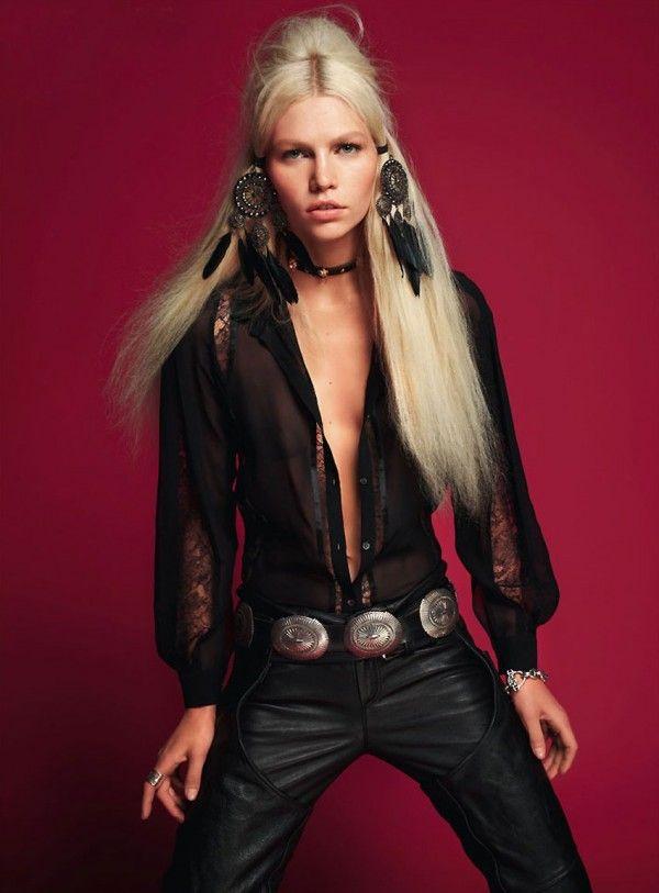 Aline-Weber-Vogue-Turkey-May-2012.3