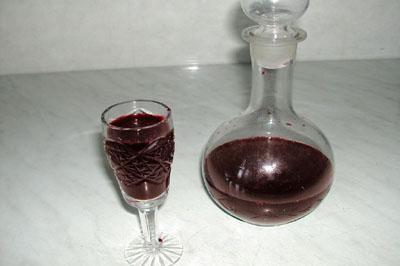 фото домашнего вина из черешни