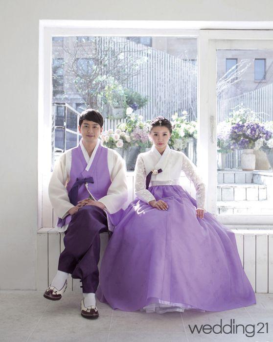 [웨딩한복] 나른한 봄 햇살 아래 아름답게 빛나는 고운 색감 '황금단'② - 웨프뉴스