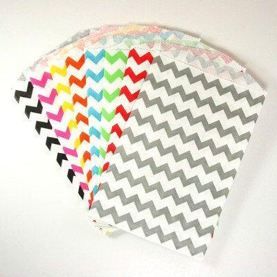 25 Medium Chevron Paper Favor Bags Or Gift Bags Choose From 11 Colors 5 X 7 5 Party Favor Bags Chevron Paper Chevron Bags