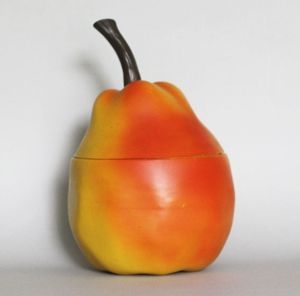 Nice Pear! Cool ice bucket from the 1960's. £50