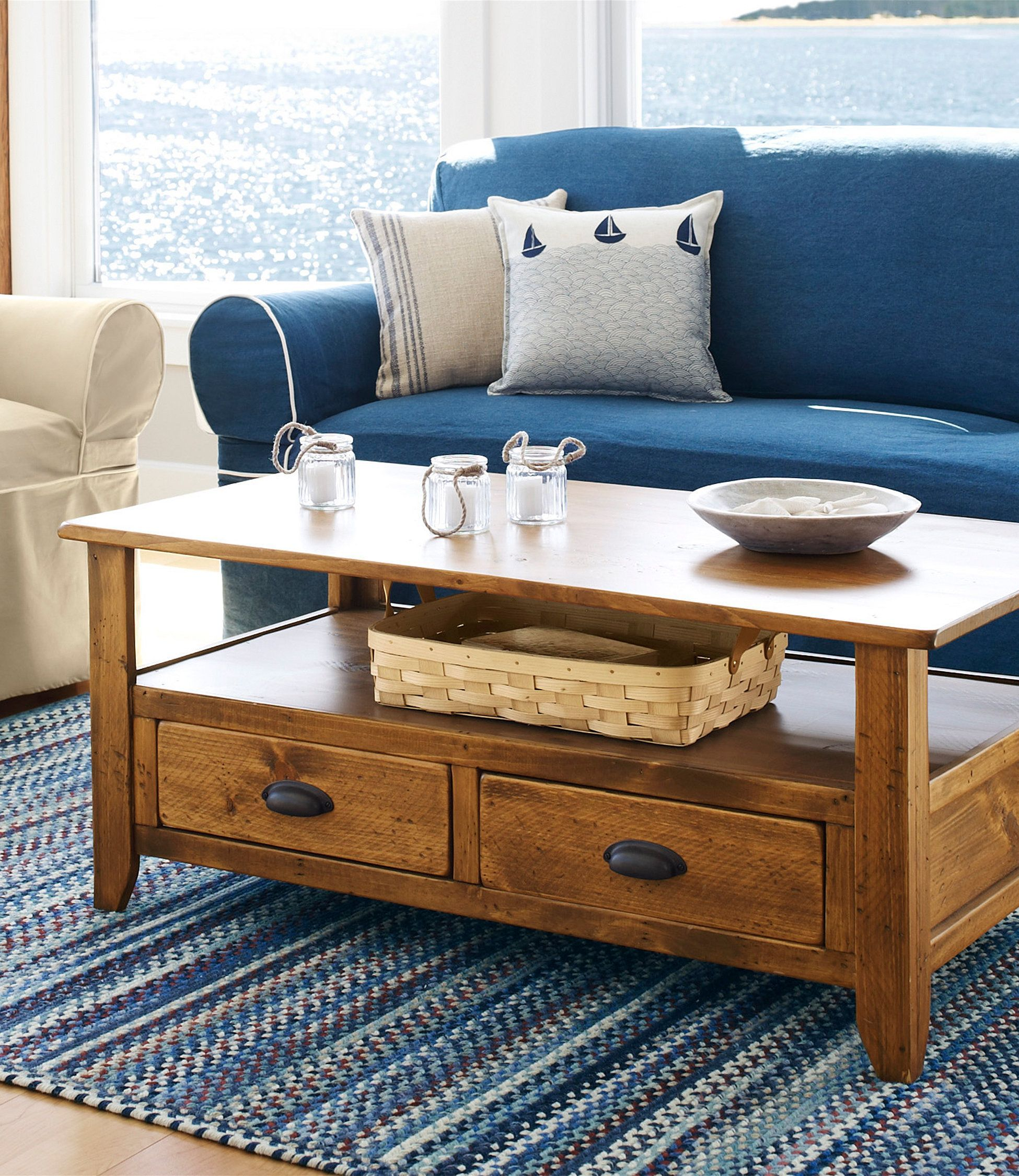 Rustic Wooden Coffee Table In 2020 Coffee Table Rustic Wooden Coffee Table Furniture [ 2250 x 1950 Pixel ]