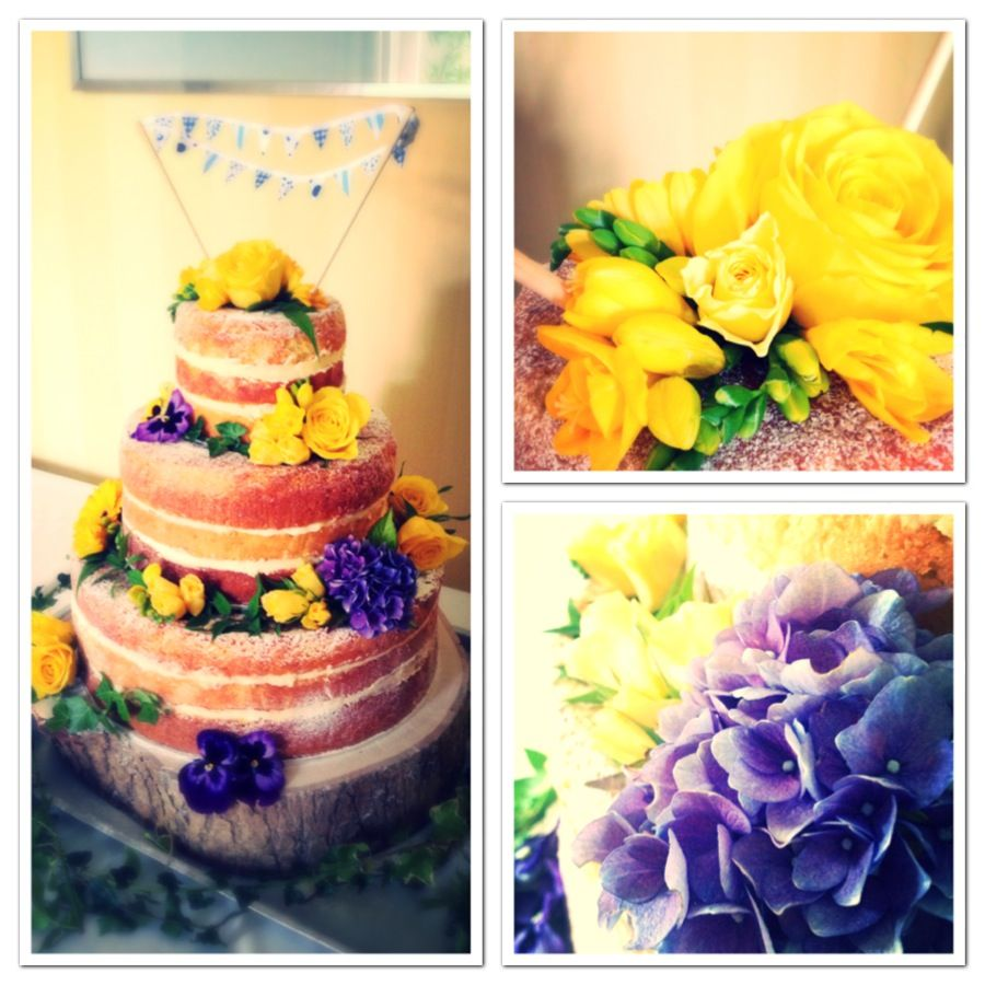 It's all about the naked cake! Fresh flowers, light sponge & creamy fillings...