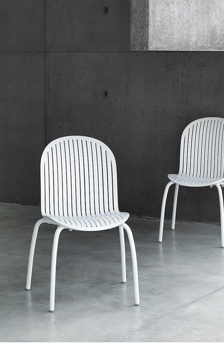 A sophisticated white outdoor furniture collection from nardi