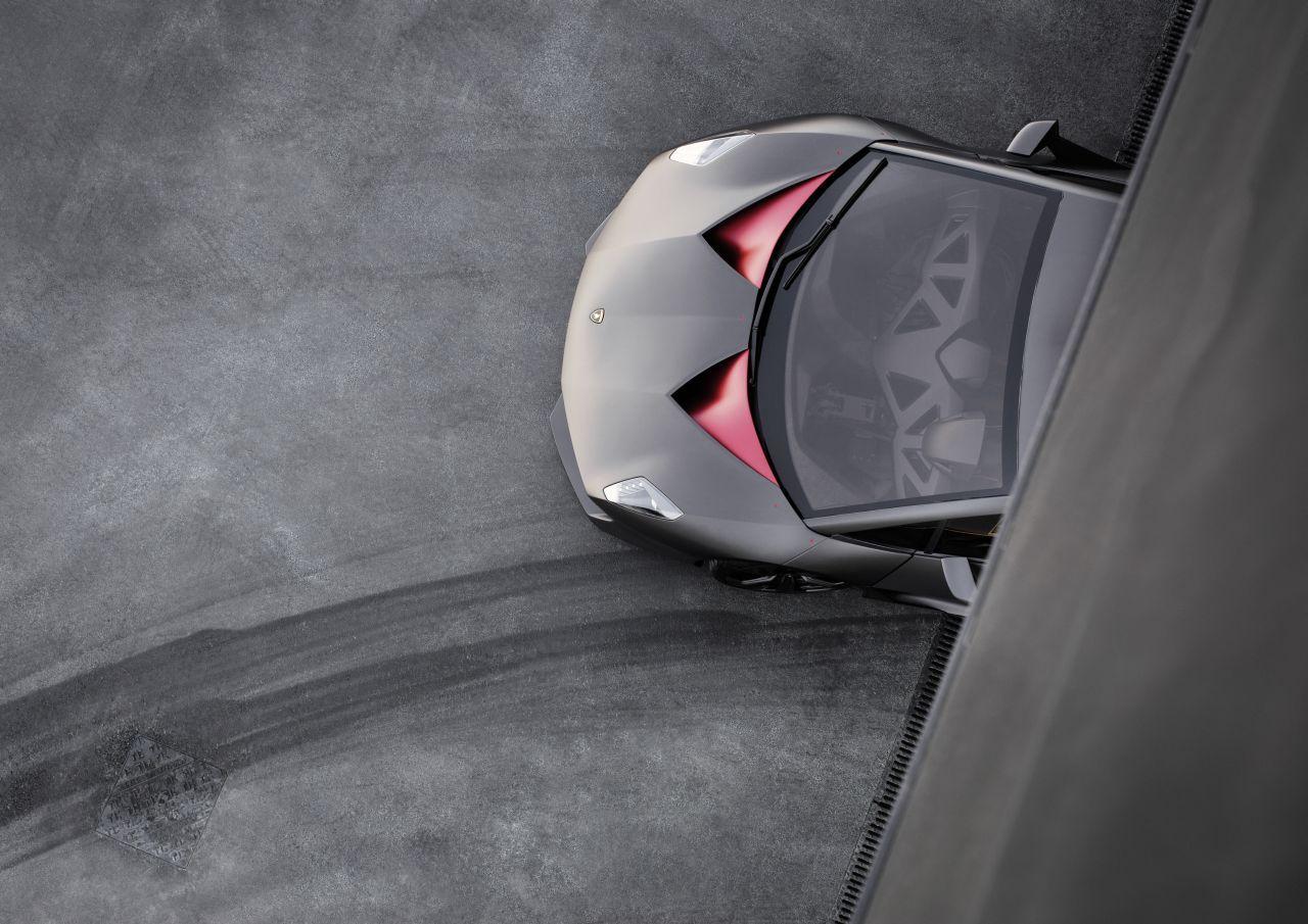 Lamborghini Sesto Elemento. (via Lamborghini Sesto Elemento Production  Detailed [Photo Gallery]