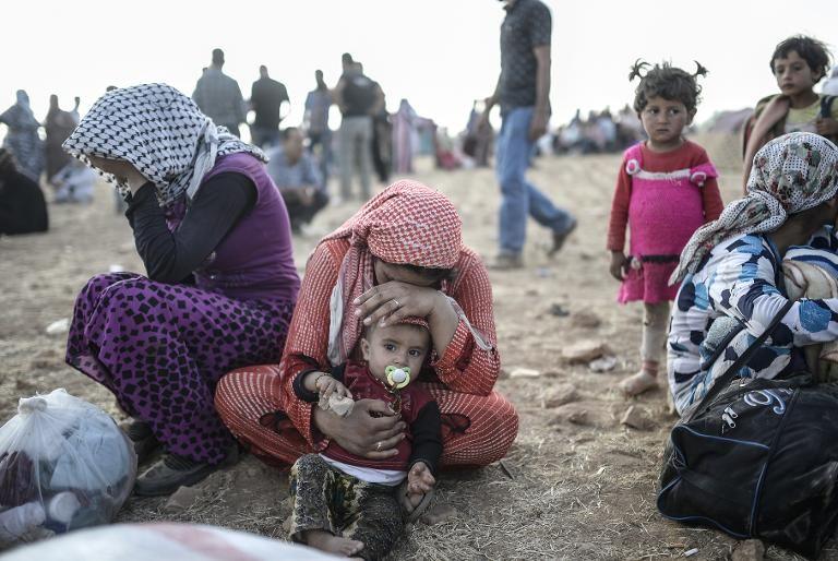 Syrie-femmes kurdes à la frontière turque