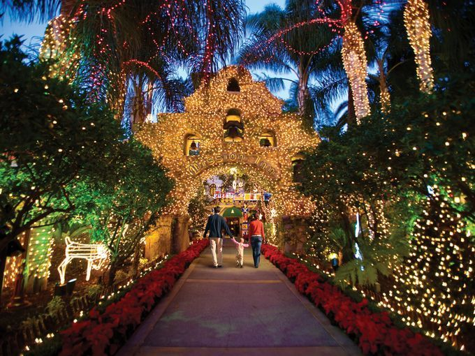 Where To See Christmas Lights In Orange County Ca