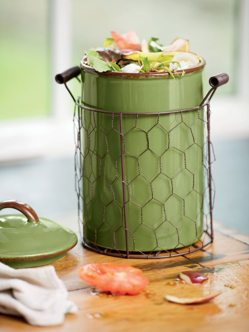 Farmhouse Ceramic Compost Crock Gardener S Supply Compost Pail Compost Garden Supplies