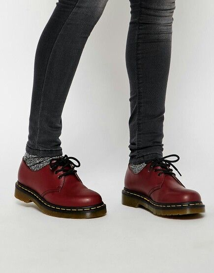 wholesale dealer 8008b 34f4d Dr Martens 1461 Cherry Red 3-Eye Flat Shoes