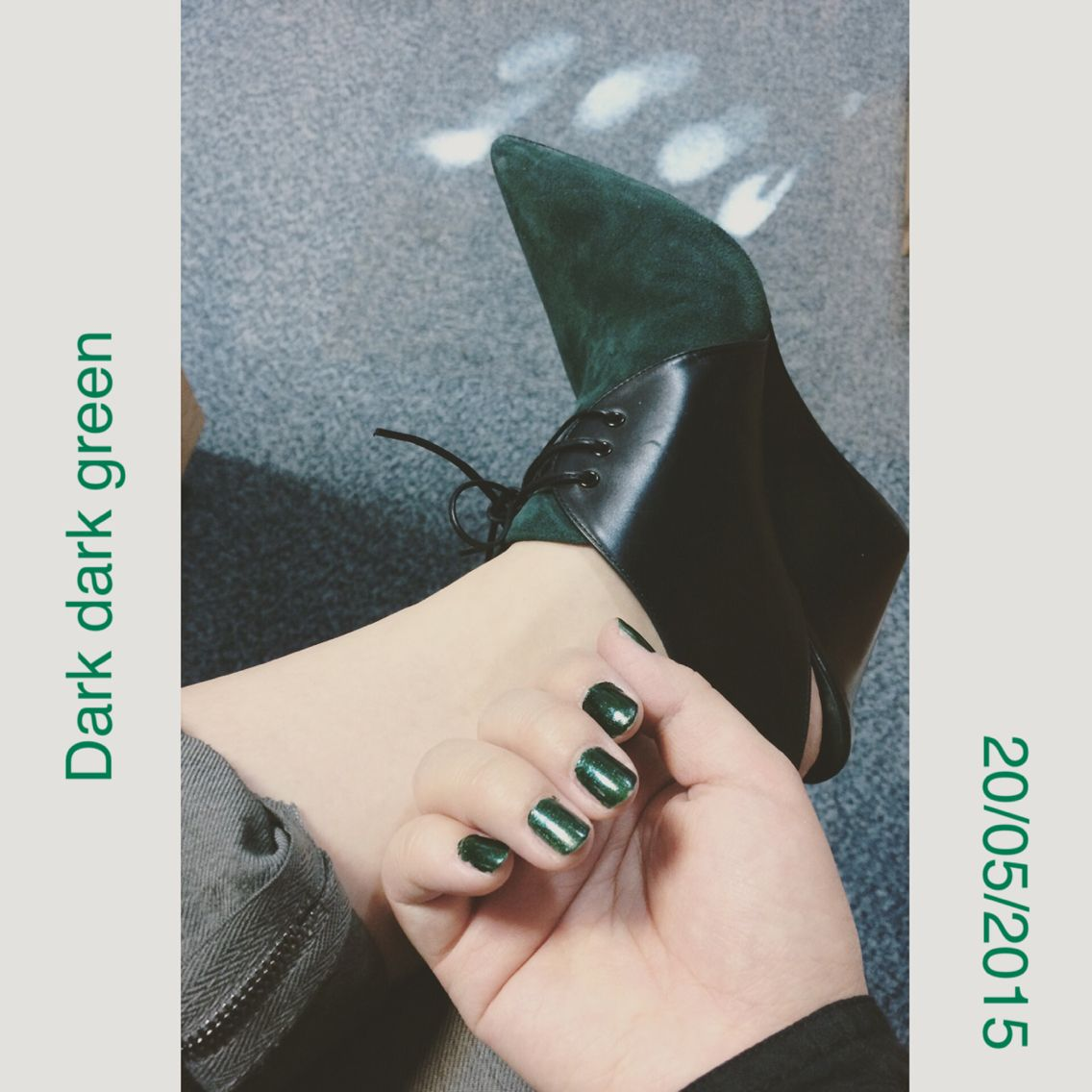 Mood for dark green