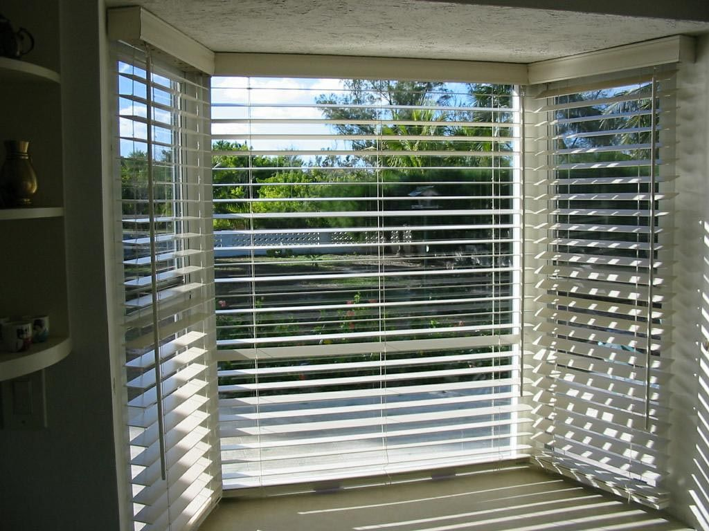 Measuring blinds for bay windows window blinds for Window shades for homes