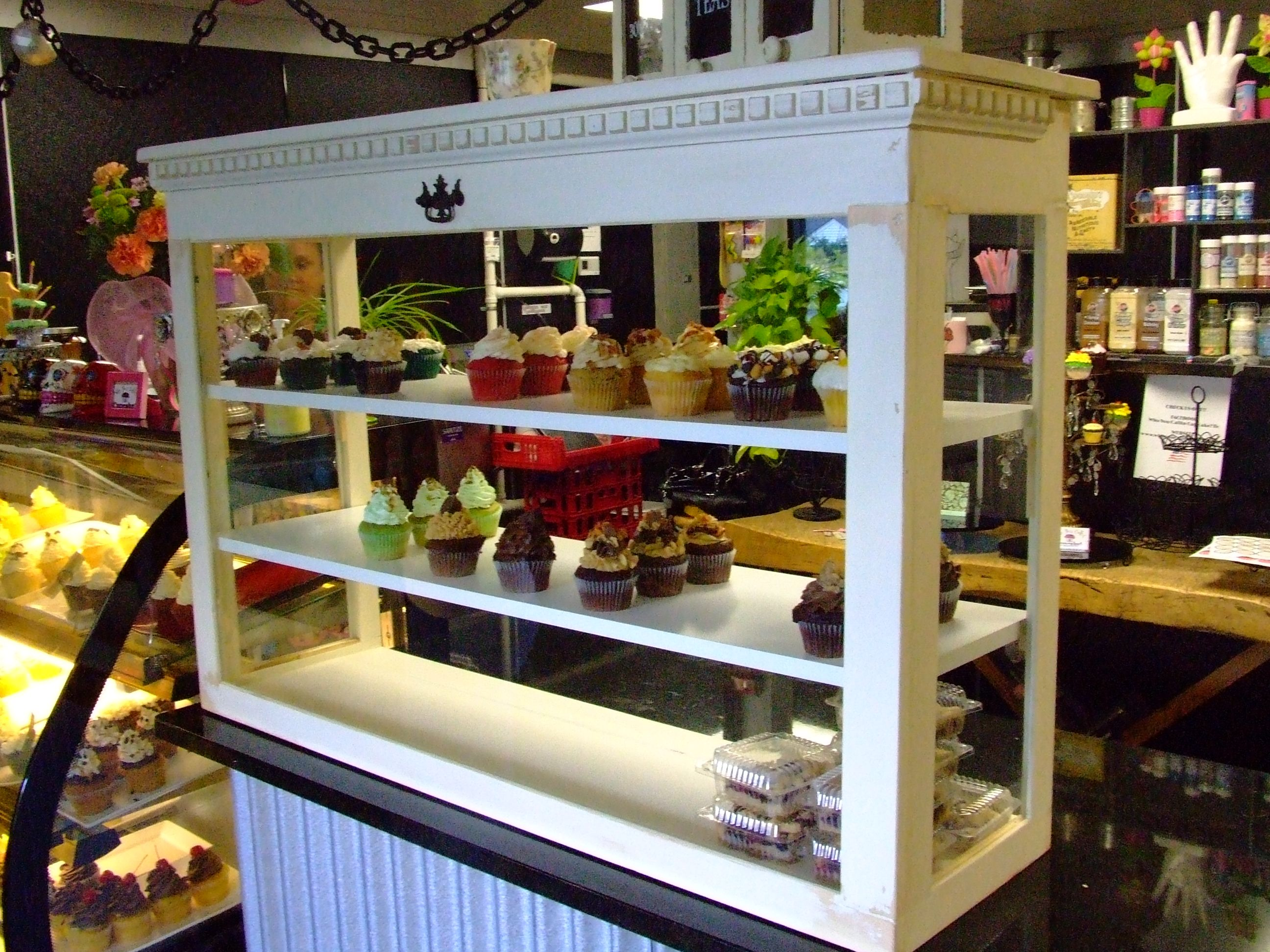 Best 25+ Bakery display ideas on Pinterest | Bakery shop design ...