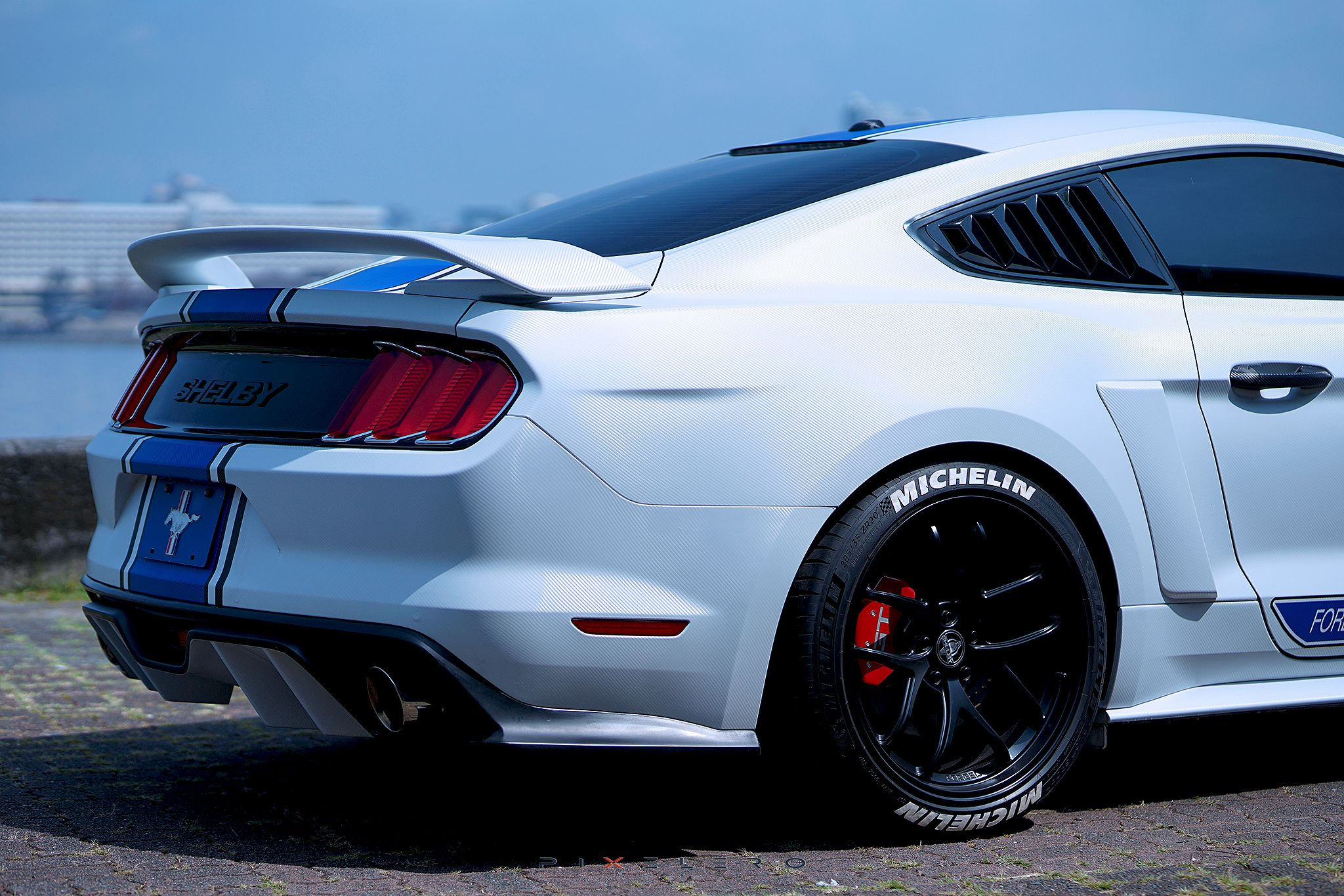 Mustang Ecoboost In Roush Side Scoops Michelin Pilot Sport 4s Tires W Tirestickers Sidewall Markers Defenderworx Quart Mustang Ecoboost Mustang Ford Mustang