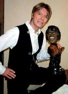 David Bowie loves James !! - David with an puppet of James Brown.