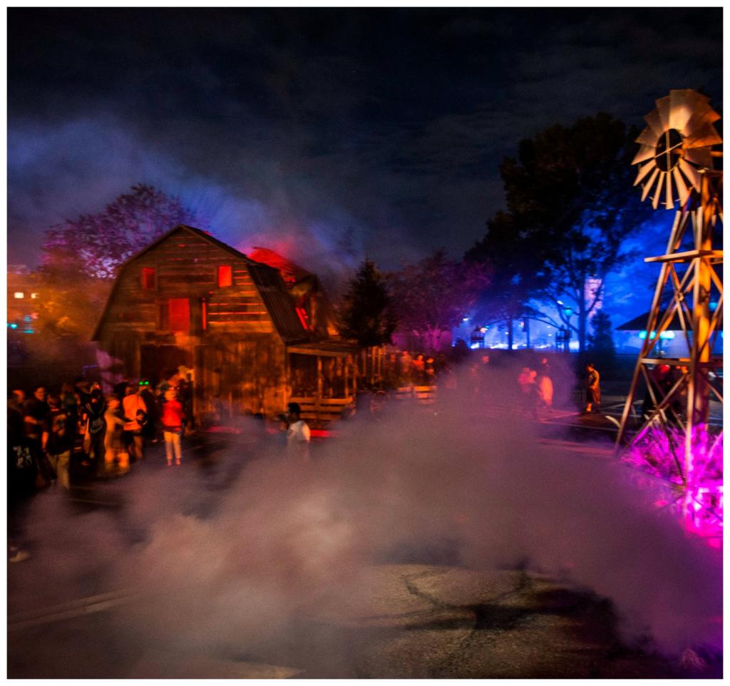 Halloween Horror Nights 2015 House Walkthrough
